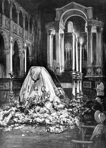 Illustration showing the coffin of John Redmond (1856-1918), the Irish lawyer, politician and leader of the Home Rule Party, lying under an Irish flag in Westminster Cathedral, 1918