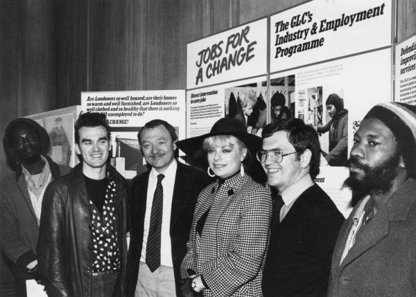 Ken Livingstone (Kenneth Robert Livingstone, b 1945), British Labour politician. Seen here with Morrissey (Steven Patrick Morrissey, b 1959), English singer and songwriter, Mari Wilson (Mari MacMillan Ramsey Wilson, b 1954), English singer