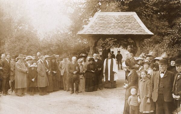 Kingham, Oxfordshire - Dedication of the Lich-Gate Date: 1913