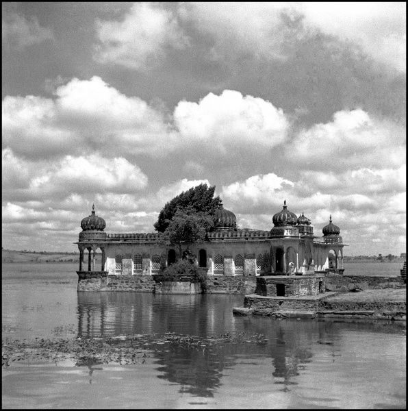 Lakeside Temple, Madhya Pradesh Region. Photograph by Ralph Ponsonby Watts