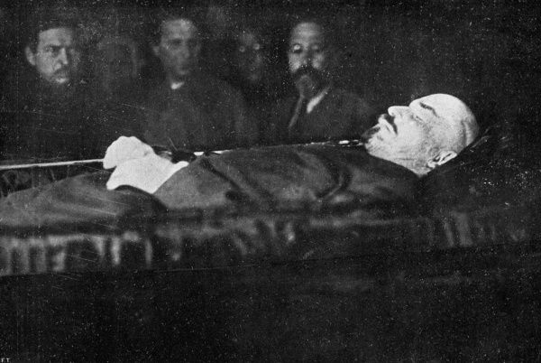 VLADIMIR LENIN lying in state in his coffin prior to being permanently housed in Red Square. Date: 1870 - 1924