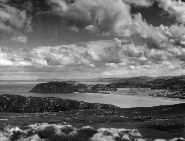 Llandudno Bay and the Little Orme, as seen from the Great Orme, Caernarvonshire, Wales. Date: 1950s