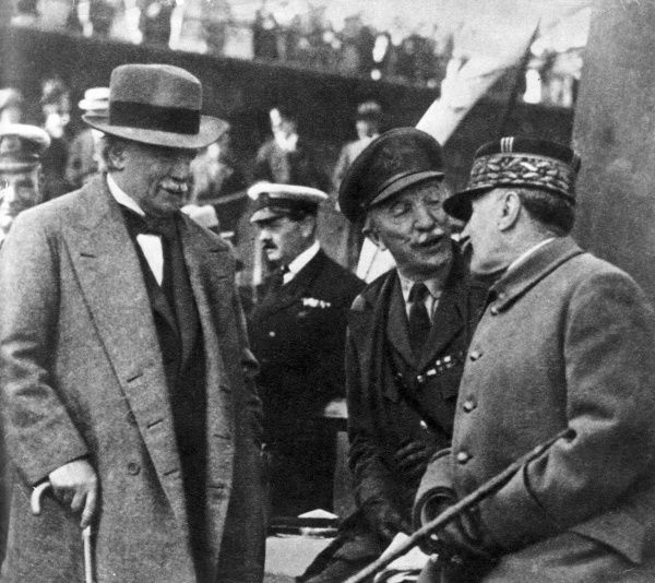 David Lloyd George (1863-1945), General Sir Henry Hughes Wilson (1864-1922) and General Ferdinand Foch (1851-1929), meeting around the end of the First World War. Wilson was principal military adviser to Lloyd George during the last year of the war