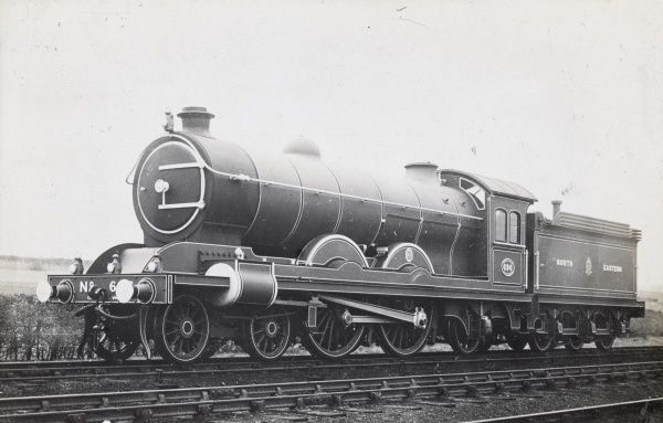 Locomotive no 696 4-4-2 Date