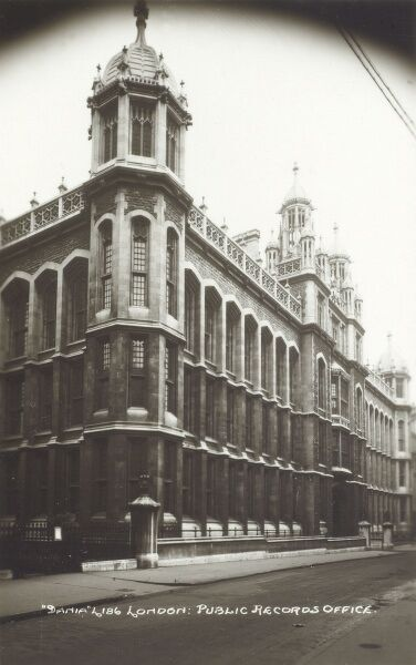 London - Public Records Office, Chancery Lane Date: circa 1930s