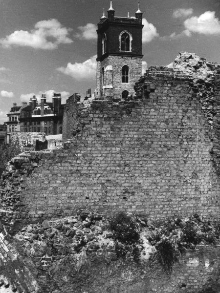 Bastion 13 of London (Roman) Wall, exposed by World War Two bombing during the Blitz. Date: 1950s