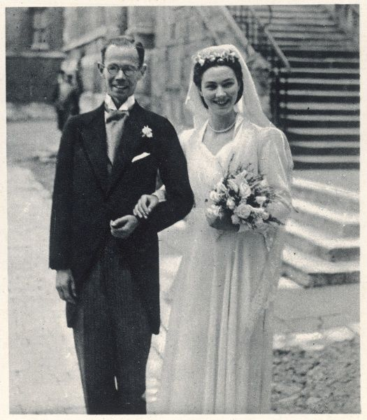 Lord Pentland (Henry John Sinclair) (1925-1984), the second and last Baron Pentland, marries Miss Lucy Babington Smith, niece of the Earl of Elgin, at Eton College Chapel