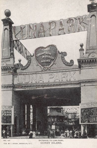 Entrance to the Luna Park on Coney Island, New York, America