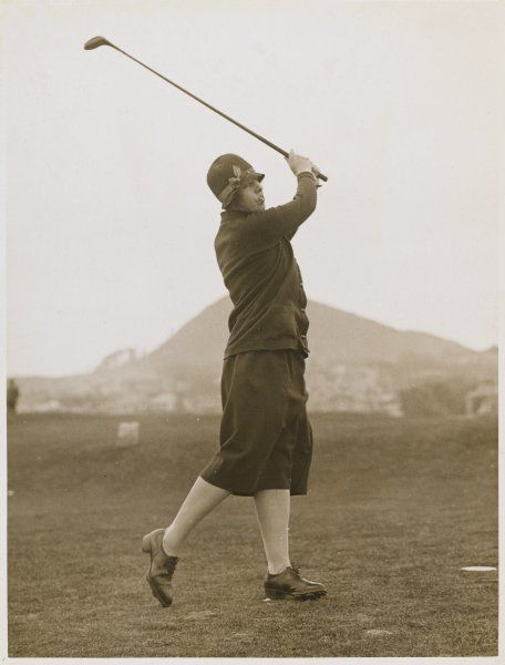The Hon. Miriam Pease playing golf at North Berwick links, Scotland