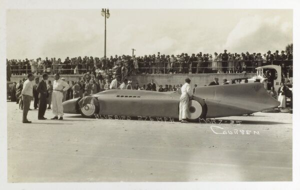 Sir Malcolm Campbell and his latest Bluebird car set a new world land speed record at Daytona, beach, Florida of 276.816 mph on 7th March 1935. Date: 1935
