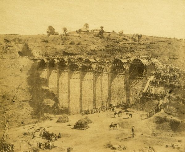 Mhow-ke-Mullee Viaduct, 3,000 men employed; Khumnee Hill; mouth of Tunnel no 11; at 4 3/4 miles Date: 1856
