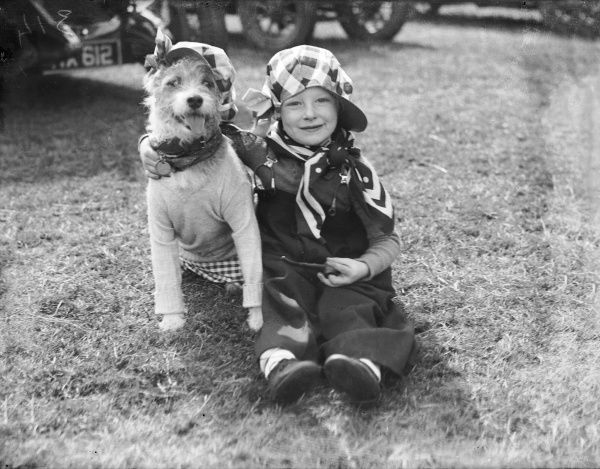 Jimmy Dawson as 'Mr. Everyman and His Dog' at a dog show in Regent's Park, London