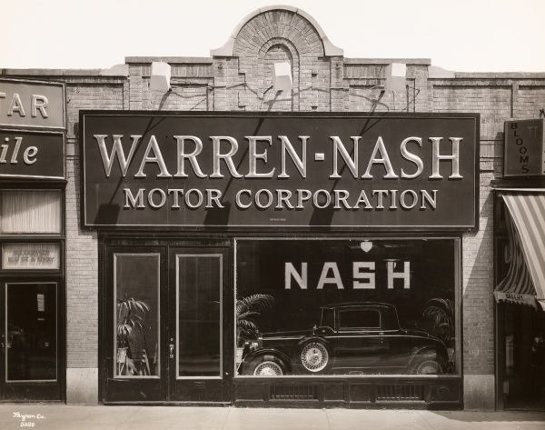 Warren. Nash Motor Corporation, Window of Branch at 169 St. & Broadway. - Facade of the Braodway and 169th Street dealership of the Warren