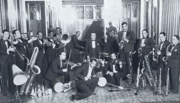 Noble Sissle and his Orchestra in the Ambassadeurs 1930 show, Paris Date: 1930