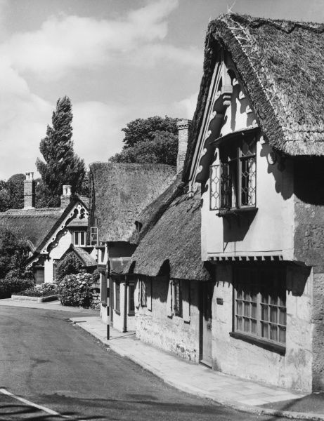 Old Shanklin village on the Isle of Wight, England, with its charming thatched cottages, one of the many delightful villages on the island