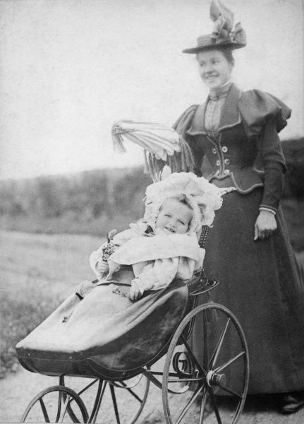 Grand Princess Olga Nikolaevna of Russia (1895-1918), eldest child of Tsar Nicholas II and Tsaritsa Alexandra Feodorovna, granddaughter of Princess Alice and great-granddaughter of Queen Victoria, with her nursery maid, Maria in 1897
