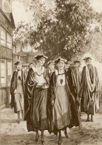 First women graduates from Somerville College