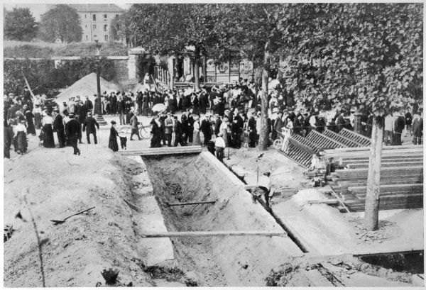 With the German invaders less than 50 kilometres from Paris, the city prepares for attack : trenches are dug near the Porte Maillot - fortunately, they will never be needed