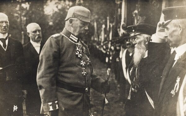 President Paul von Hindenburg (1847-1934) in full uniform, meeting war veterans