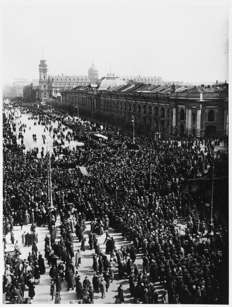 May Day demonstration on the Nevski Prospekt, Petrograd