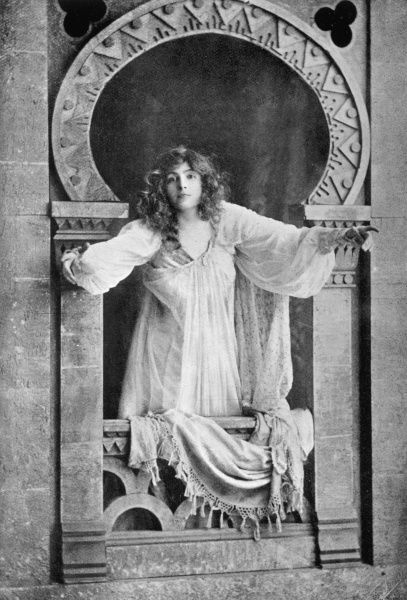 MRS JAMES BROWN-POTTER (nee CORA URQUHART) American actress in the role of Juliet in Shakespeare's Romeo and Juliet