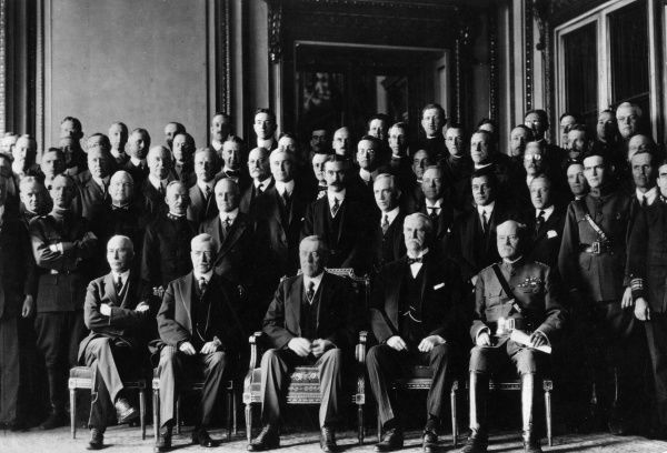 The American President Thomas Woodrow Wilson (1856-1924), seen here (front row, centre) at the Peace Conference in Paris following the end of the First World War. With him, from left to right, are Colonel E M House (diplomat and adviser), Robert Lansing