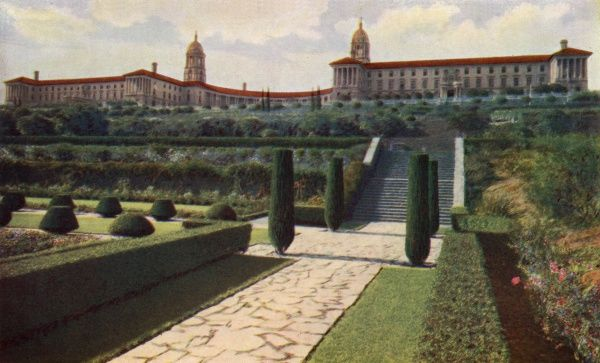 The Union Buildings, Pretoria, administrative seat of the Union of South Africa. Date: 1934