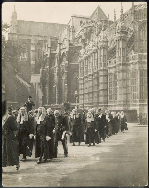 Procession of judges at Westminster Abbey, a custom before the opening of the Law Courts