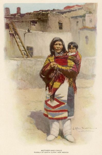 New Mexico : mother and child of the Pueblo people of Santa Clara, on the Rio Frande, about 35km from Santa Fe