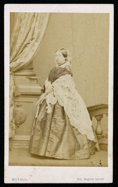 QUEEN VICTORIA Photograph taken in the studios of Mayall at 224 Regent Street on 1 March 1861
