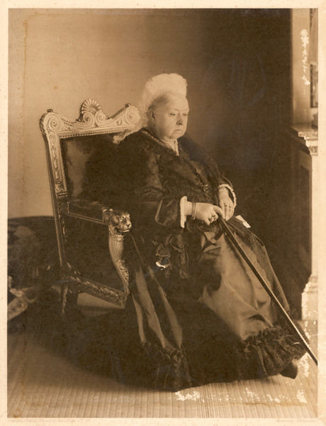 QUEEN VICTORIA In old age