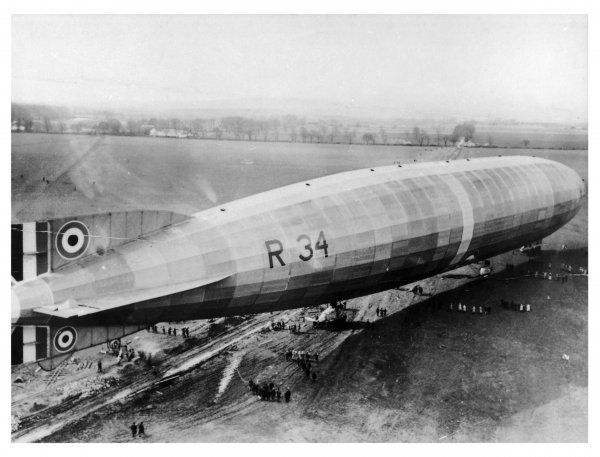 R34 airship at its moorings