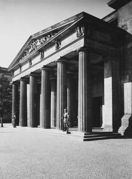 The Reichs Ehrenmal (memorial to the dead of the First World War) in Berlin, Germany before the Second World War in the 1930s