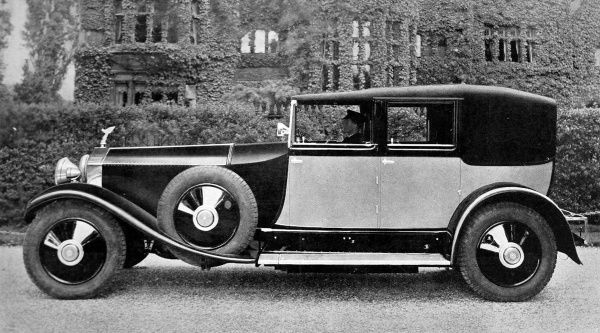 Rolls Royce, the winner of the premier award, Concours d'Elegance in Biarritz, September 4th 1928