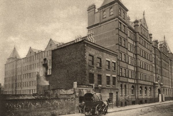 The Rowton House on Arlington Road, Camden. Rowton Houses provided cheap hostel-style accommodation for working men. Date: 1926