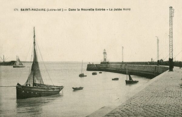 New entrance to Saint Nazaire, France - the North Quay