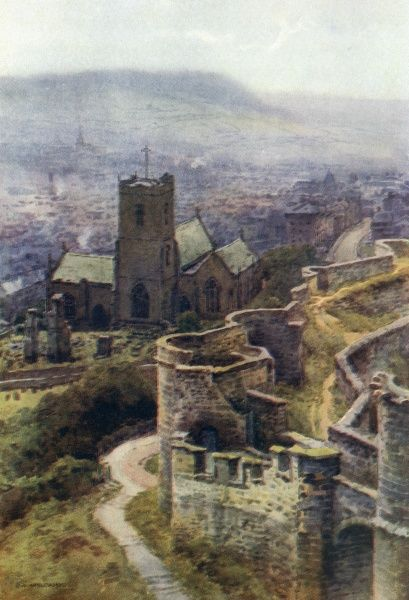 Saint Mary's church, from the castle. Date: circa 1909