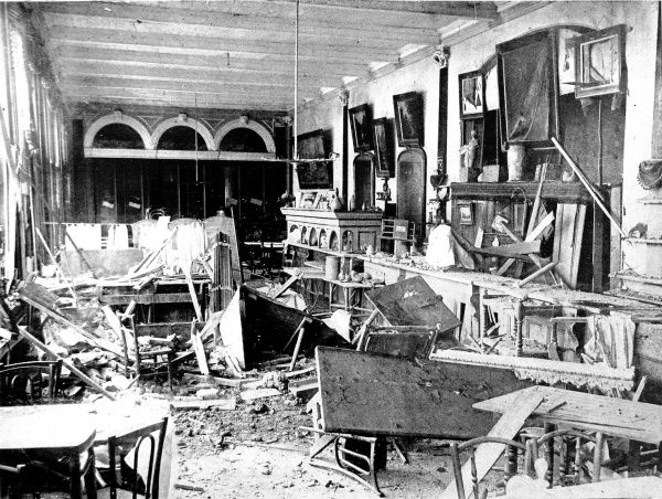 A Scarborough Hotel wrecked by German shells: The devastated saloon of the Grand