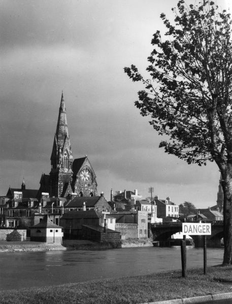 A view of the town of Irvine, from across the River Irvine, Ayrshire, Scotland. Date: 1950s