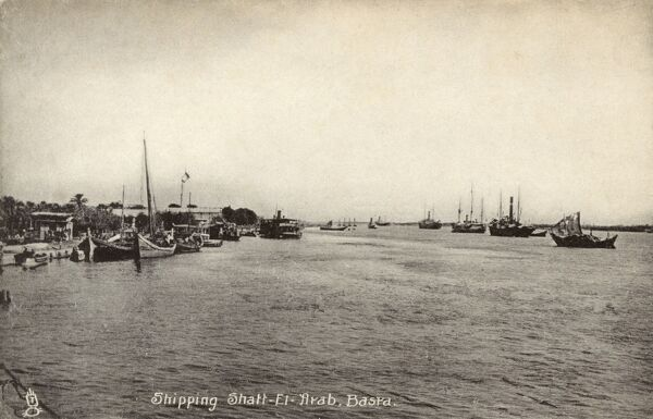 Shipping on the Shatt al-Arab - Basra, Iraq - the waterway which eventually leads out into the Persian Gulf. Date: circa 1910s