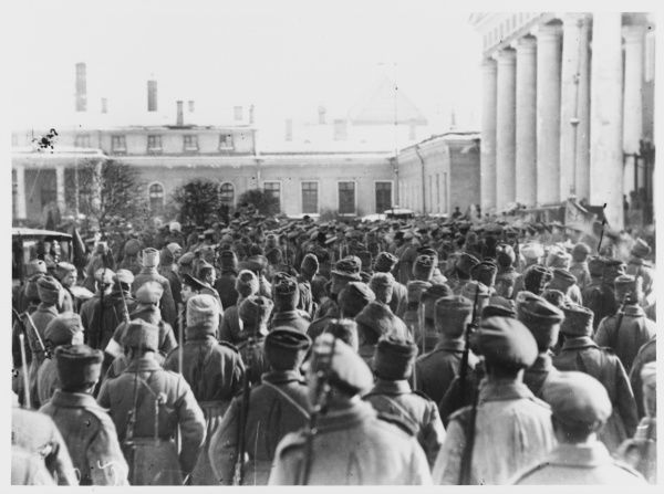 Soldiers at The Tauride Palace as the insurrection grows
