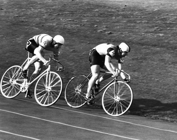 Sprint cyclists, nose to tail on the cycle race track, Nations Cup, Scotland. Date: 1980