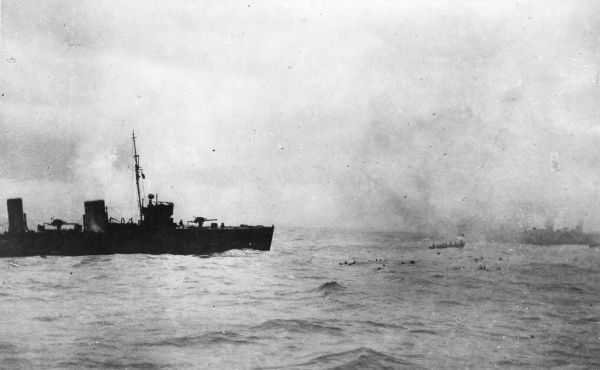 Survivors from the disabled German armoured cruiser SMS Blucher being picked up from the sea by British destroyers during the Battle of Dogger Bank, in the North Sea, First World War. The rescue had to be called off due to aerial bombardment