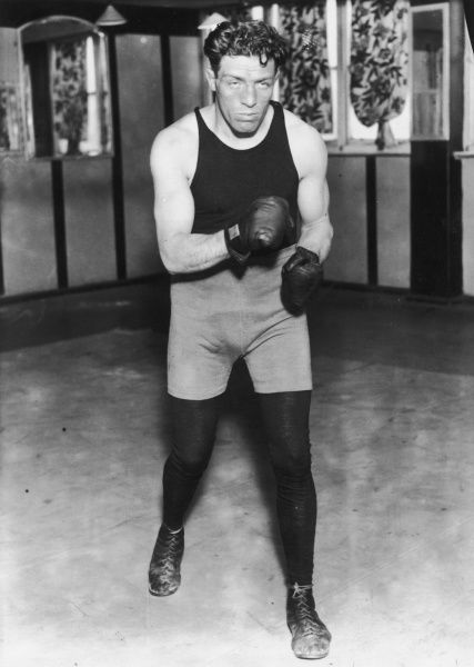 Ted 'Kid' Lewis (Gershon Mendeloff), British-born World Welterweight Champion in 1915, 1916 and from 1917 - 1919. His nickname was the 'Aldgate Sphinx&#39