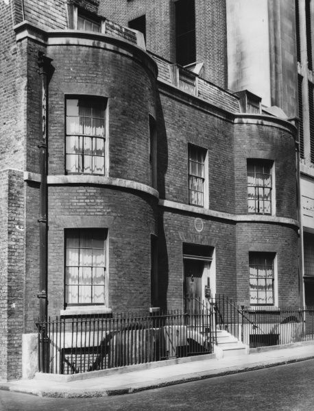 WILLIAM MAKEPEACE THACKERAY In this feudal-looking house, at No 16 Young Street, lived the famous novelist William Thackeray for several years