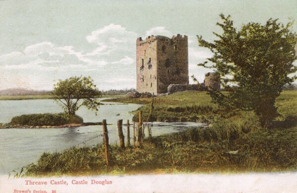 Threave Castle on the River Dee - Galloway, Scotland - close to Castle Douglas. The home of the Earls of Douglas from the late 14th century until their fall in 1455. Date: 1904