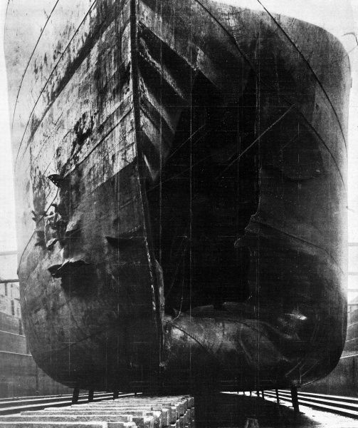 Front page photograph from the Illustrated London News showing torpedoe damage to a Norwegian oil-tank steamer, 'Belridge&#39