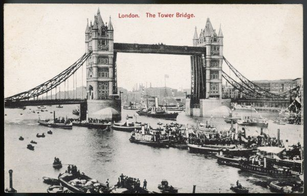 The Opening Ceremony : the Royal Yacht passes between the raised drawbridges