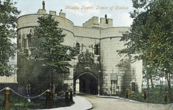 Tower of London - The Middle Tower Date: circa 1910s