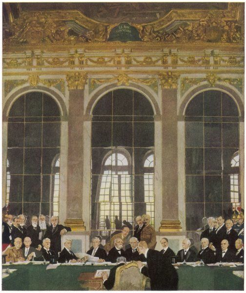 The peace treaty is signed in the Palace of Versailles